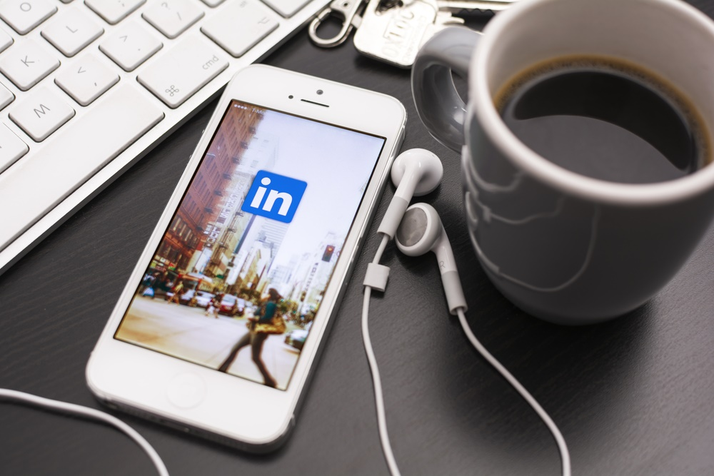 boost your linkedin security and privacy in 10 actionable steps