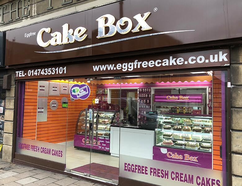 egg free cake box store image